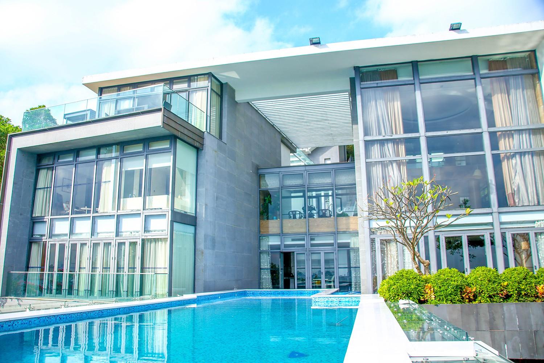 深圳小梅沙万科十七英里-深圳小梅沙无边海景泳池6房别墅